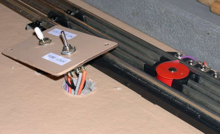 toy train layout wiring advanced this diagram shows the track powered accessory power instead of track power